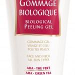 . Biologique On aime : sa texture gel qui se transforme en huile onctueuse au contact de la peau. Gommage biologique GUINOT, 34 € Beauté Attitude, 87 rue Eugène Turbat