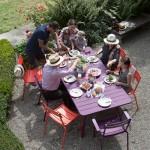 Salon Luxembourg FERMOB, 24 coloris Lot de 2 chaises 360 € Table pour 8 personnes 832 € ADH Paysages, 6 rue de la Chistera, La Chapelle-Saint-Mesmin